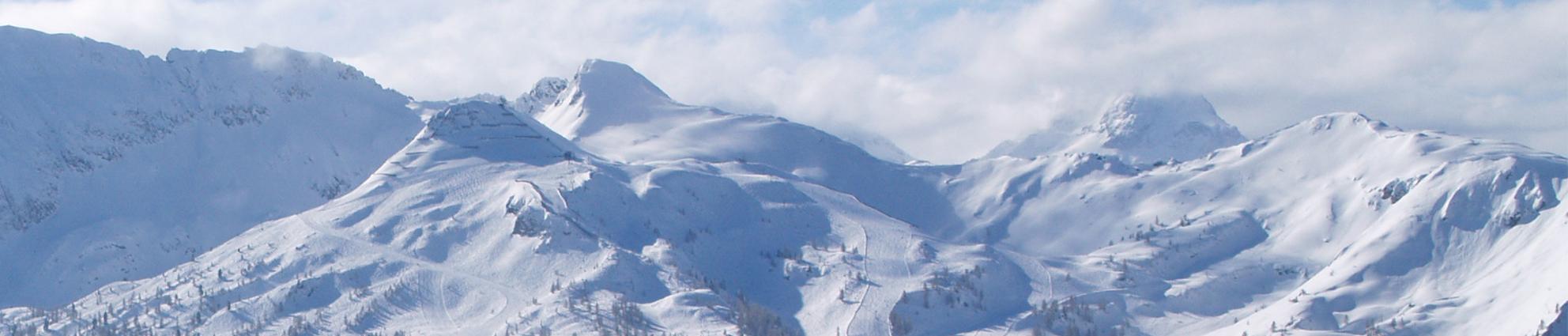 Room + Les 3 Vallees Ski Pass